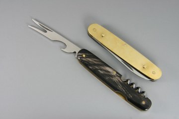HUBERTUS Take-Apart Picnic Knife - separated components